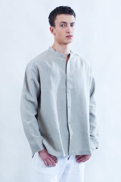 Koszula w kolorze naturalnego lnu, rozpinana ze stójką.-792