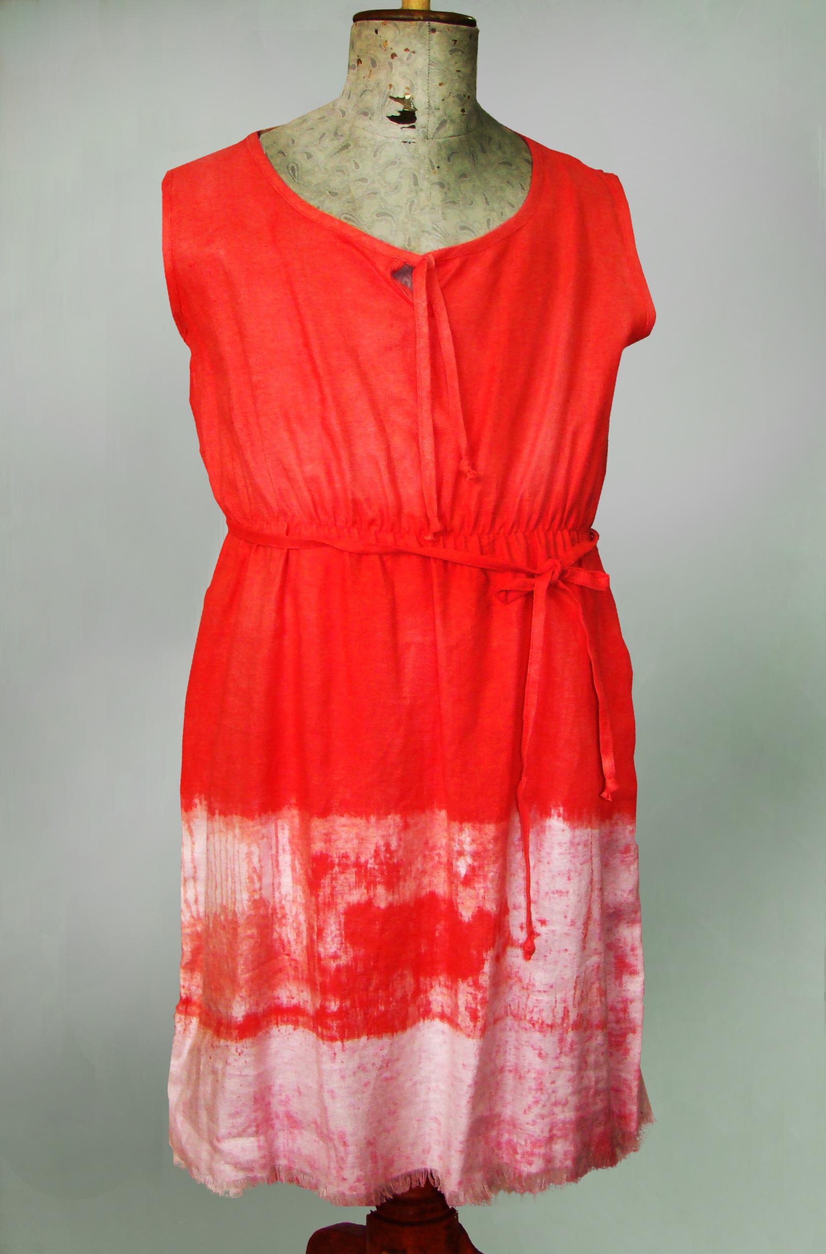 Sukienka pomaranczowo-biała, marszczona w pasie.-0