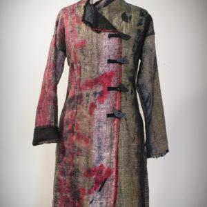 Płaszcz zielono czerwony ,zapinany na guziki.-0
